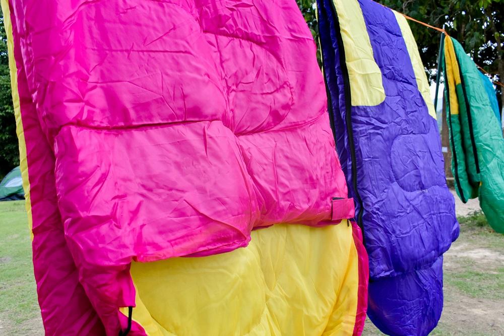 drying sleeping bags